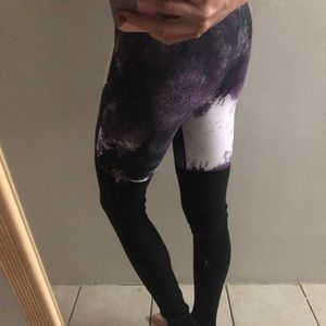 Alo Leggings Size XS Purple Black